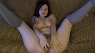 Bondage hot bettie you mom's friend fucks dildo play