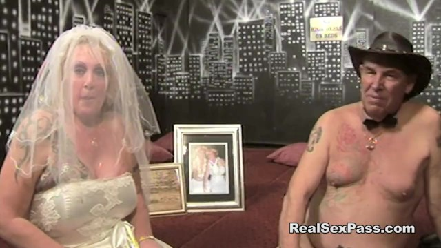 Mature bridesmaids Old fat filthy bride has orgy along with bridesmaid