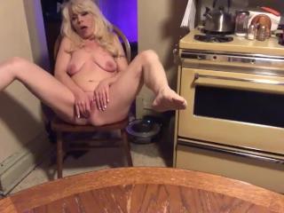 Sexy Dance and Steamy Masturbation-Full video at shayxxx.modelcentro.com
