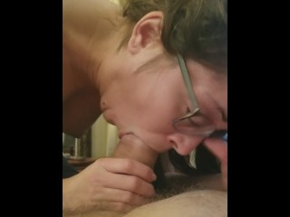 Girl Cums Hard while giving head and watching cartoons