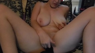 Experienced milf slut Carrie Ann