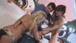 Sploshing Food Orgy 2 Girls 1 Guy and Cum Swap Featuring CAPRI CAVALLI