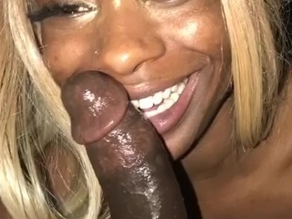 HEAD DOCTOR~ QUEEN ROYELLE RoyalONE Deep throat+piss compilation