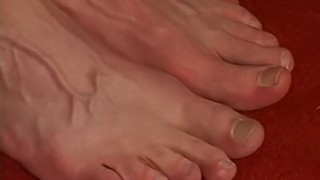 Jerking stud with his feet off and handsome slowly playing footfriends amateur
