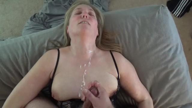 Amateur Sloppy Wet Blowjobs