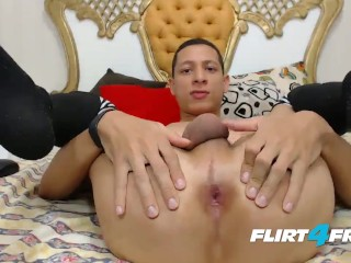 Nicole sheridan loves sucking cock