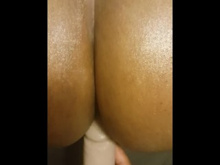 Fucking Mrs Anderson with 2 female orgasms