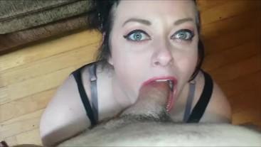 HOT GREEN EYED WIFE GIVES THE BEST HEAD FULL! POV MILF DEEPTHROAT BIG DICK
