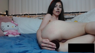 Crazy hot camgirl stuffs 9 inch BBC in her ass and squirts