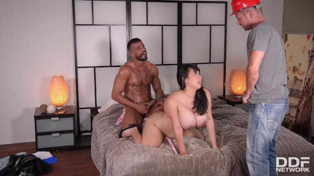 Porn network trading Going deep - busty horny housewife fucked by two studs