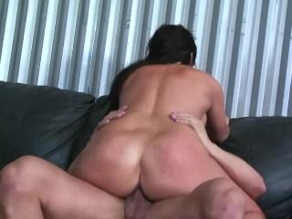BIG BOOTY LATINA GETS FUCKED HARD BY GUYS HARD COCK