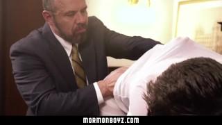 MormonBoyz - Mormon Teen Barebacked By Bear Daddy Hunk cocks