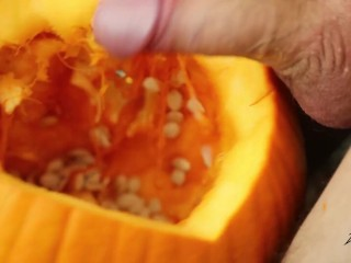 Daniel James Fucks Pumpkin With His Thick Cock and Cums
