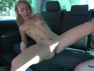 UK slut pay with her body ride to the airport and got cum covered pussy