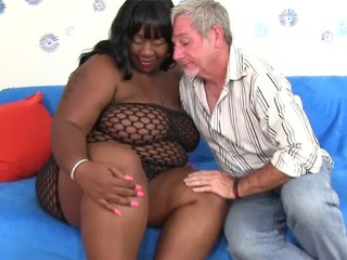 BBW black chick mating with white guy