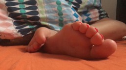 Sleepy Foot Fetish. Feet Obsession. Soft And Gentle