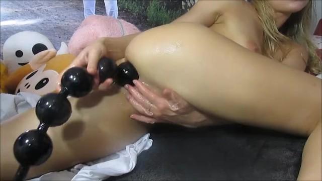 Anale kralen porn pics