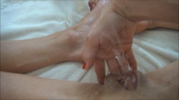 Multi Squirt orgasm 7 minutes non stop squirting extra small tenn body milf