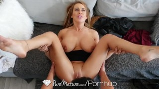 Stepmom anal pounded by loser son Cumshots cock