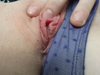 Playing with myself to Orgasm