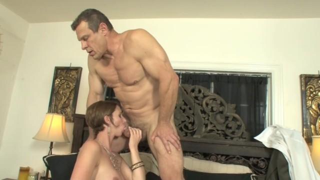Streaming Gratis Video Nikita Big Tit Assistant Fucks Her Big Dick Boss