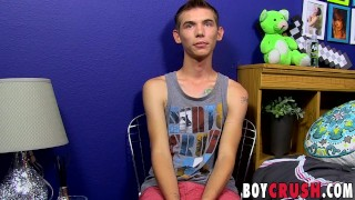 Twink ryan his large bentley an strokes cock interview for solo boycrush