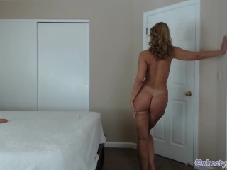 Happy Monday Hot Milf Jess Ryan Strips N Twerks