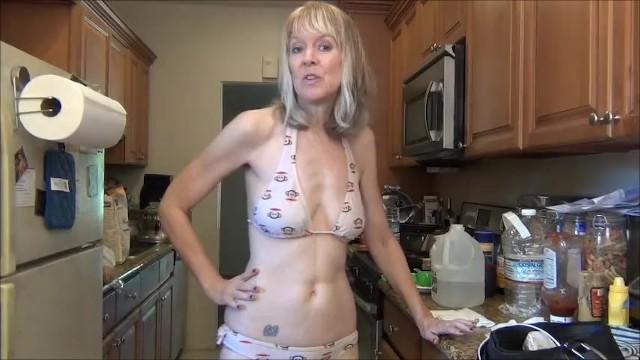 Bikini bathing suit models - Bikini update