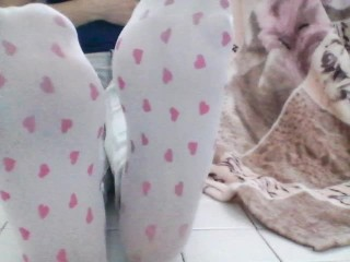 DIRTY WHITE SOCKS (WITH HEARTS) LONG FEET POV