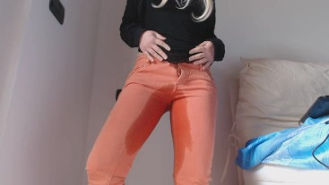 Pee in my orange jeans
