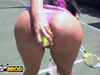 BANGBROS - Big Ass MILF Kiara Mia Loves Big Black Dick