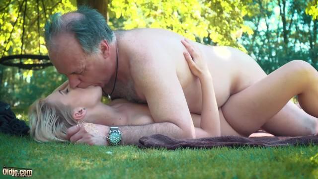 príťažlivé a sexy učiteľ porno
