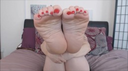 Wrinkled Soles Foot Fetish Tease Amy Wynters