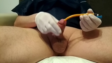 hanjob and cum with 22FR catheter