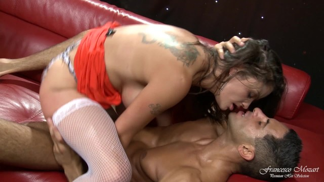 Fucked and cumshot on the tits under a curtain of stars 9