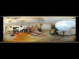 3D VR – Goddess Destiny Attempted Foot Worship – 4K ULTRA HD