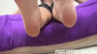 Foot Licking and Femdom Foot Humiliation porno