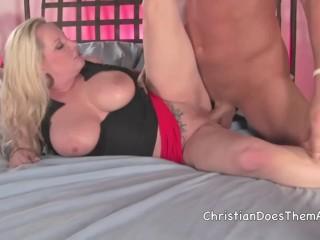 natural boob wonder Rachel Love gets fucked hard