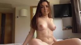 Diana Rius follando en su 1er video porno, jovencita española de 18 años