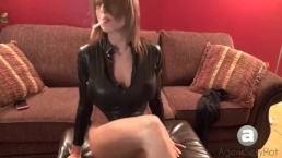 AgentSexyHot Smoking in Heels