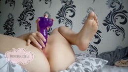 teaser hot play with two toys