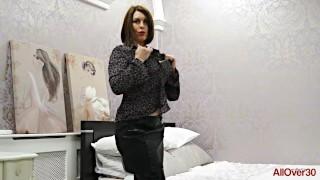 Curvy UK MILF Raven Fucking and Teasing Compilation