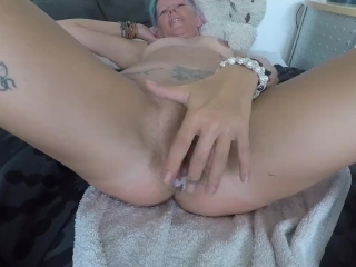 Too much cum for her tight little pussy