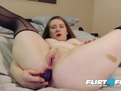 Scarlett R on Flirt4Free - Dirty Talking Chubby Slut DPs Herself to Orgasm