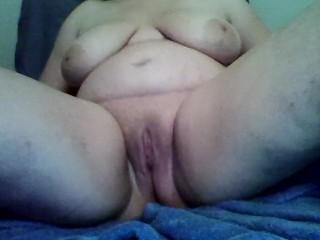 chubby white girl first porn masturbating fun