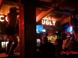 Coyote Ugly Bartenders Want to fuck after work! They are hot and ready !