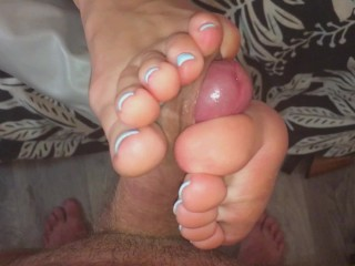 Teen Gives Footjob, Solejob And Toejob. Cumshot On Her Soft Feet Was So Hot