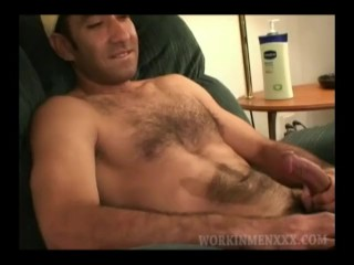 Mature Amateur Raul Beating Off