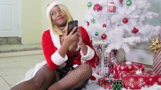 Sloppy Christmas / Xmas Head by Nina Rivera