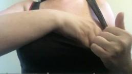 huge natural bouncing tits with nipple pulling